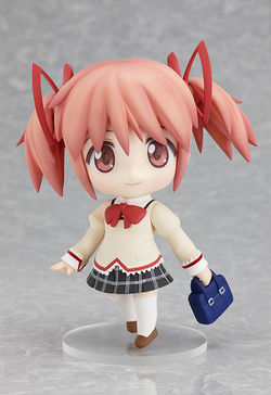 Nendoroid madoka going to school.jpg